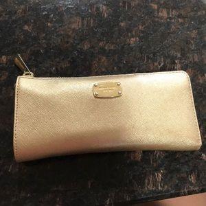 Accessories - Gently used Michael Kors wallet